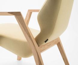 Hochwertiger Prostoria Design Sessel Oblique im Detail Bezug Armlehne