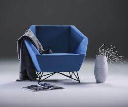 Prostoria Sessel 3angle in blauem Stoffbezug