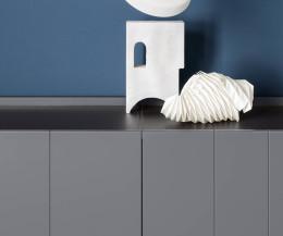 Dunkelgraues Designer Sideboard Stripe von Novamobili Detail Deckplatte Türen