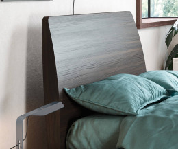Hochwertiges Design Holzbett Novamobili Dedalo Detail Kopfteil