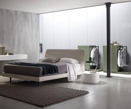 Novamobili Hochkommode Easy 6 mit Garderobe waldgrün matt und Bett Sheet