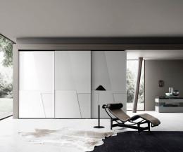 Moderner Livitalia Design Kleiderschrank Diagonal mit Griffmulden