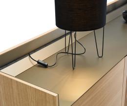 Design Highboard Stockholm Aluminium Abdeckplatte mit Leiste für AV Kabel Stauraum