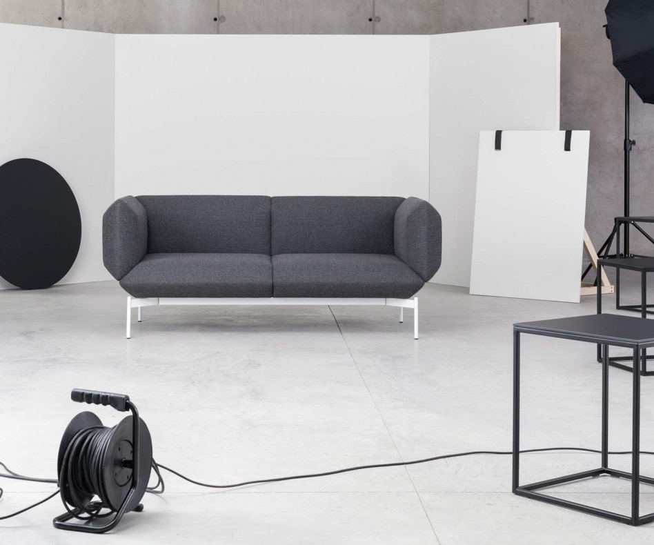 Exklusives Prostoria Design Sofa Segment in Schwarz