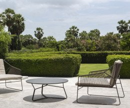 Moderner Oasiq Edelstahl Design Gartentisch der Serac-Serie