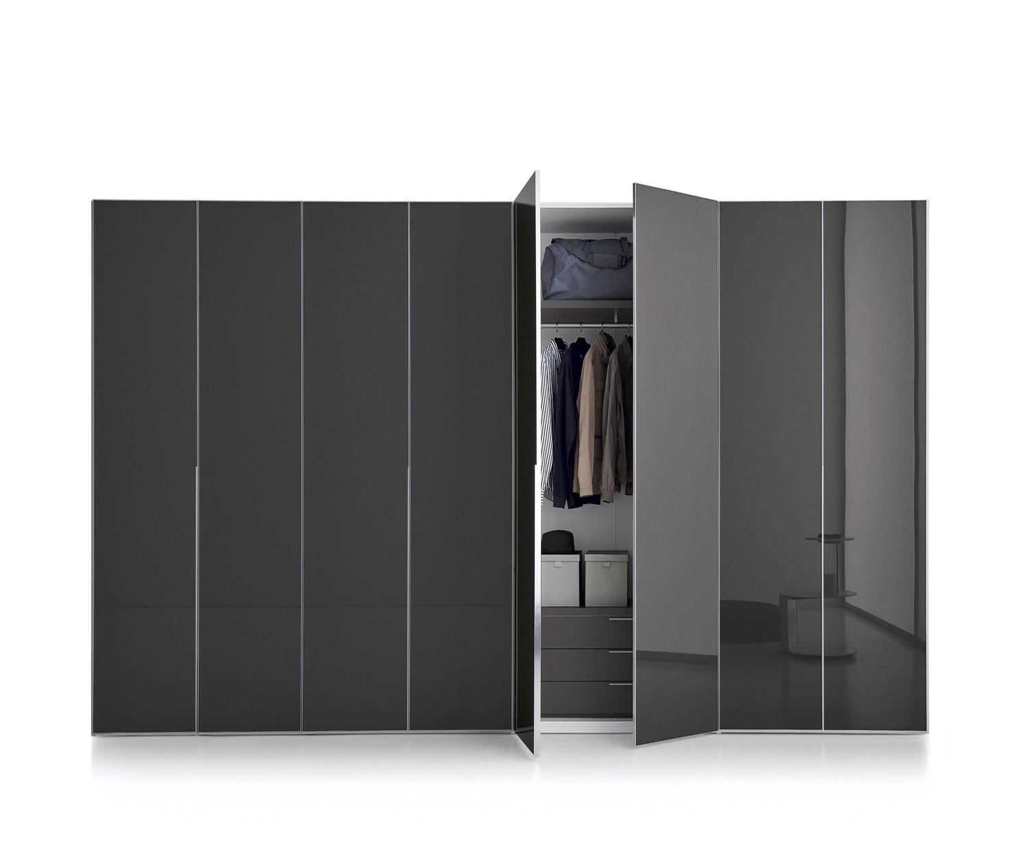 designer kleiderschr nke von 200 bis 400 cm breite. Black Bedroom Furniture Sets. Home Design Ideas