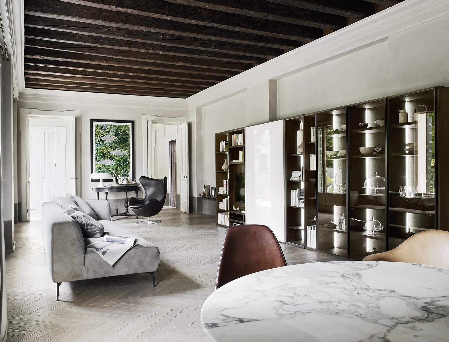 b cherregal mit glast ren fcapture. Black Bedroom Furniture Sets. Home Design Ideas