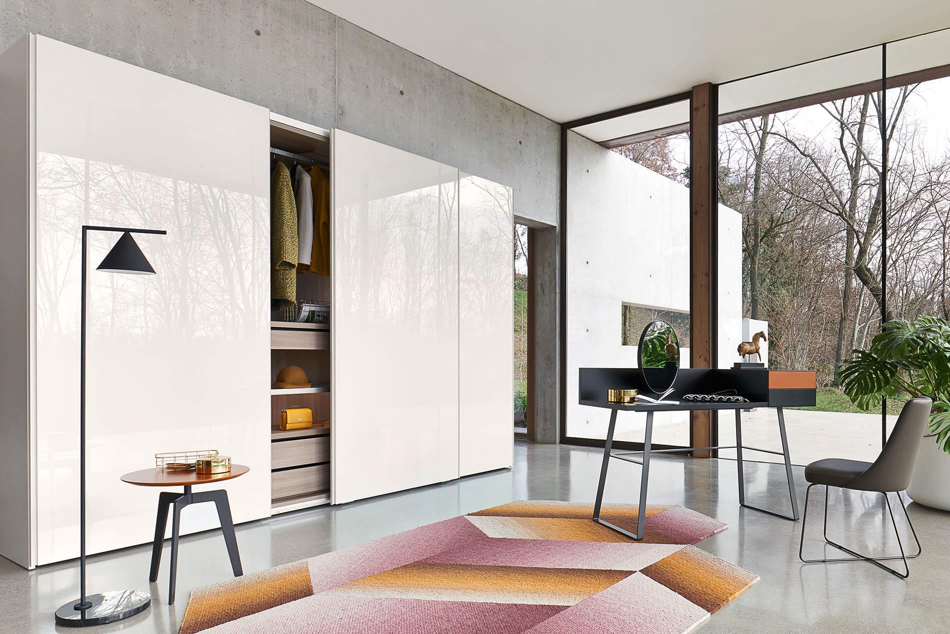Design Schlafzimmer mit Schreibtisch