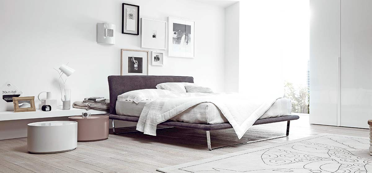 schlafzimmer trends verstauraum neben dem bett. Black Bedroom Furniture Sets. Home Design Ideas