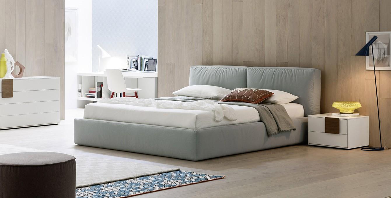 Welche Farbe Kissen Passen Zu Graue Sofa