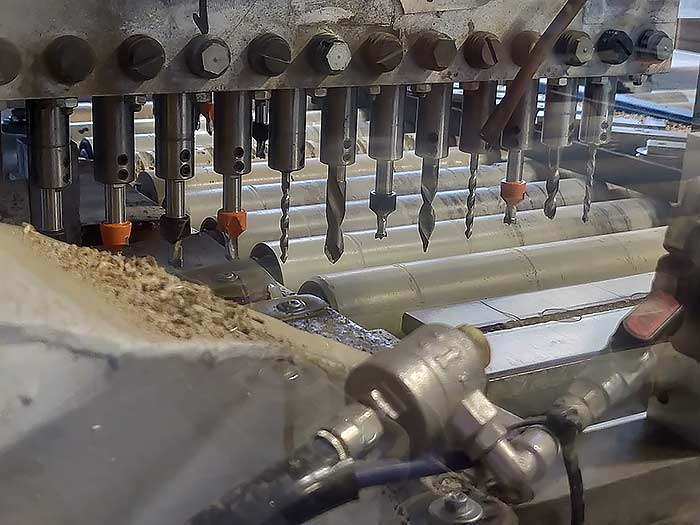 Fräse für automatisierte Bohrungen